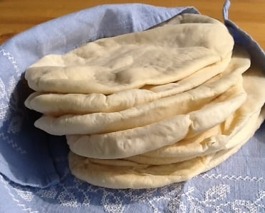 Homemade Pitta Bread| Sarah James | http://www.talesfromthekitchenshed.com