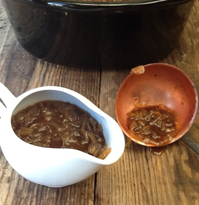 Make your own rich, sticky onion gravy in your slow cooker or crockpot! Perfect with Bangers & Mash or Toad in the Hole, we love it with our nut roast and it's so much tastier than gravy granules.