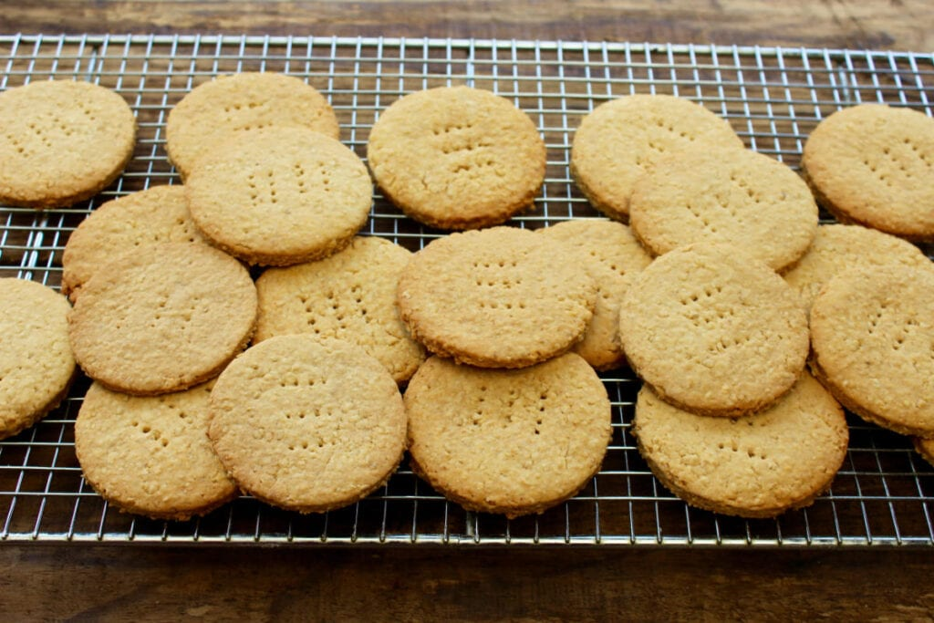 A cooling rack with Healthy digestive biscuits fresh from the oven.